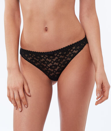 Geometric lace tanga black.