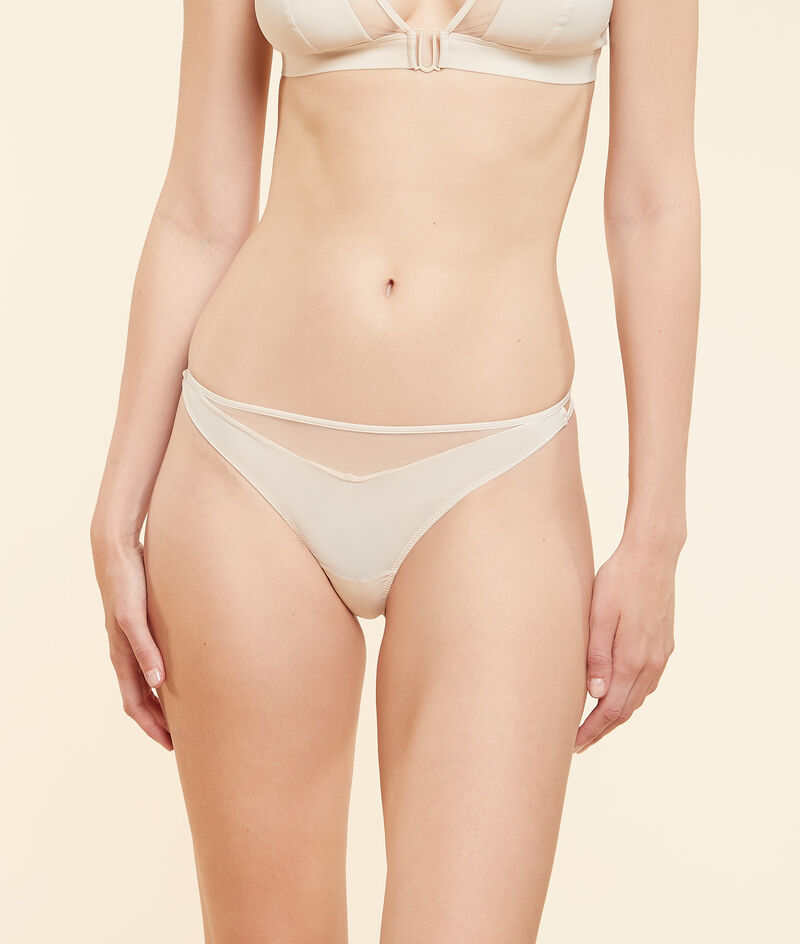 Dual-material tanga with tulle details;${refinementColor}