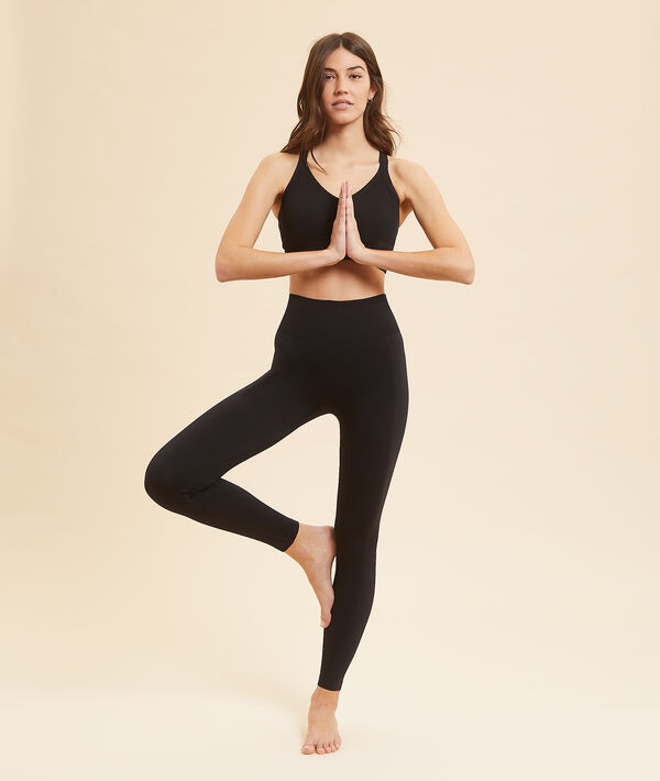 Long yoga leggings;${refinementColor}