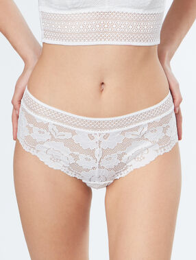 Shorty en dentelle florale ecru.