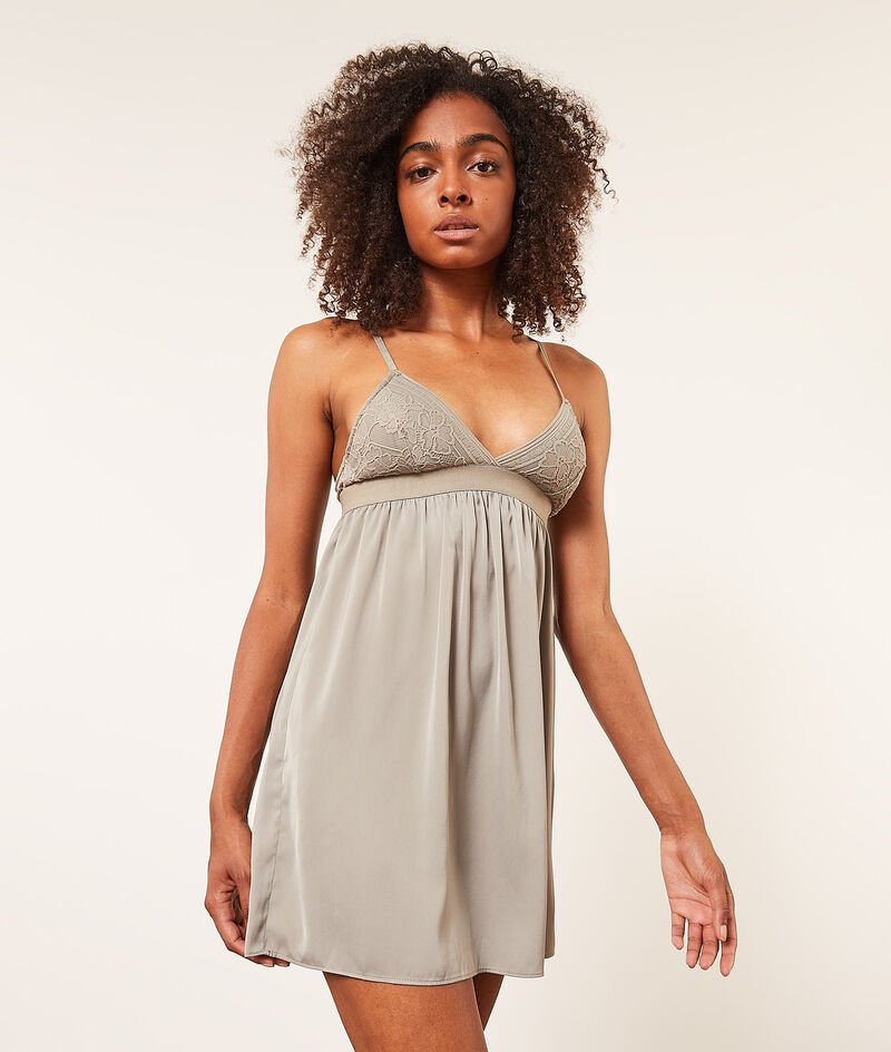 V-neck lace nightdress;${refinementColor}