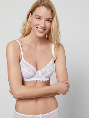 Lace demi cup white.