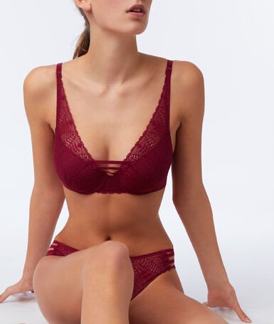 Bra no.6 - natural lace triangle plum.