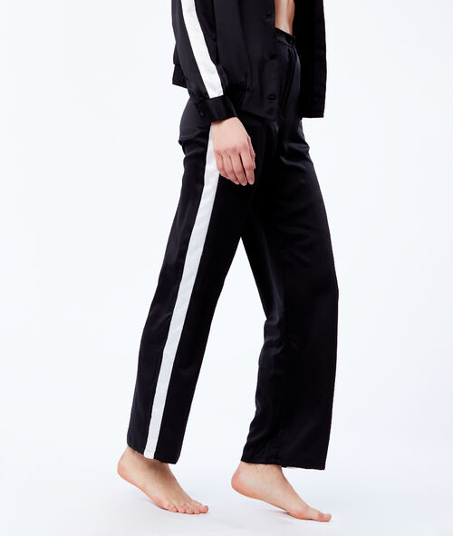 Contrasting stripes trousers