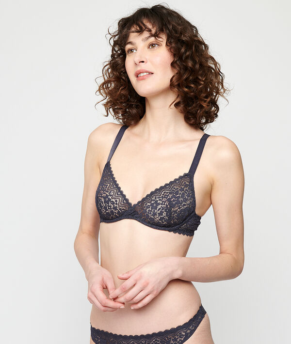 Half cup bra without pads;${refinementColor}