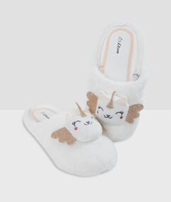 Unicorn slippers off-white.