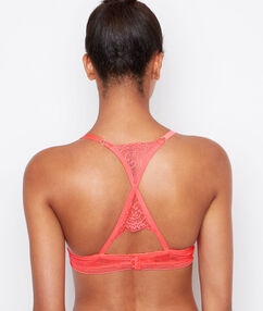 Push-up-bra pink.
