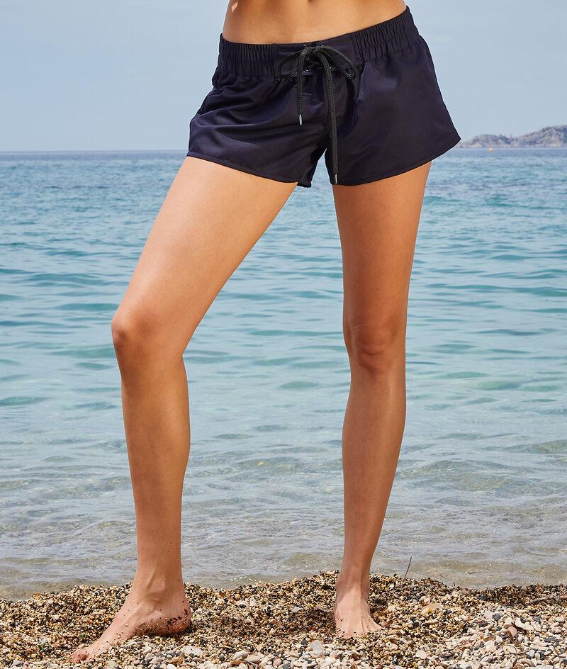Surf shorts;${refinementColor}