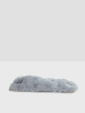 Slippers grey.