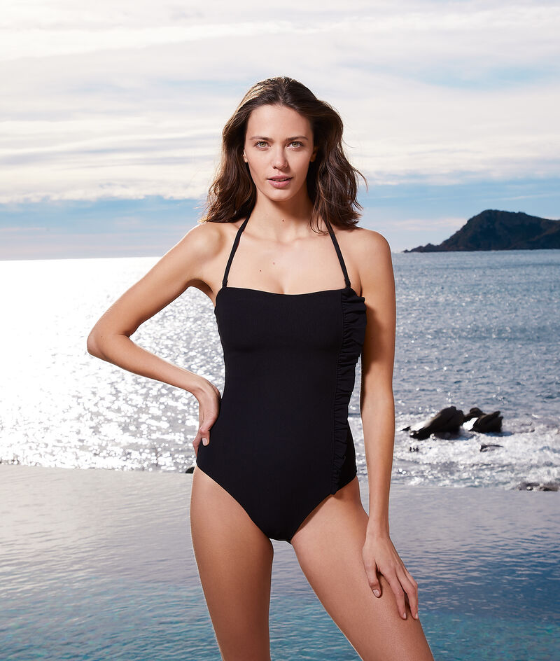 Wireless one-piece swimsuit with square neckline;${refinementColor}