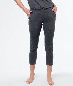 Pyjama pants gris.