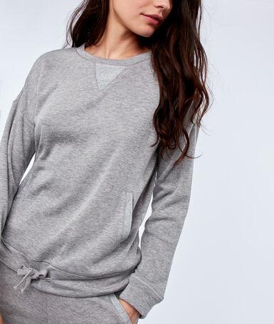 Sweatshirt with pockets light gray.