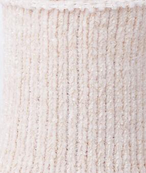 Calcetines tejido suave rosa.