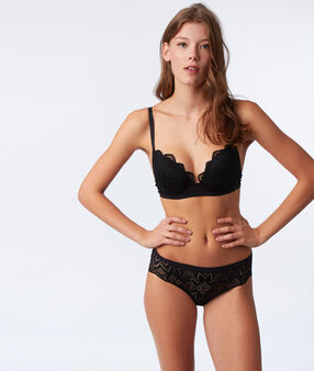 Bra no. 5 - notched lace padding black.