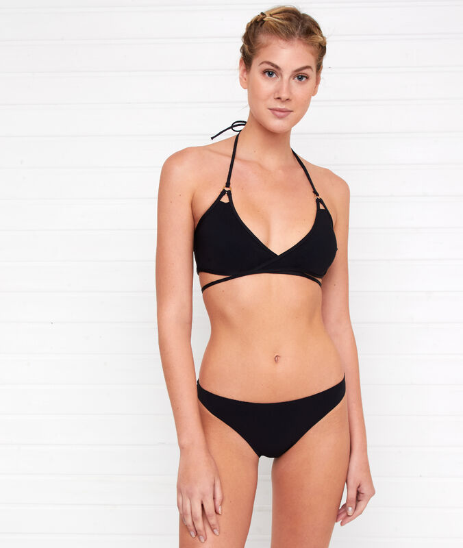 Simple bikini bottoms black.