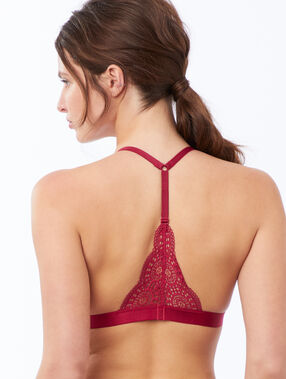 Lace triangle, racer back grenadine.
