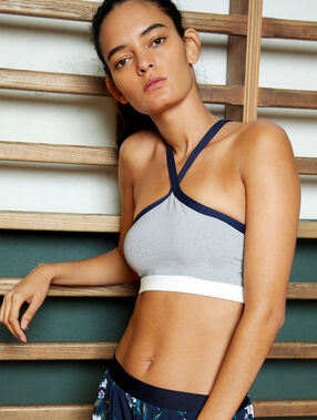 Sports bra, removable pads - medium support grey.