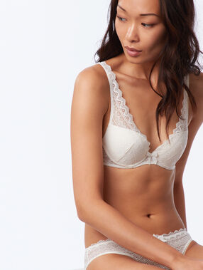 Bra no. 3 - push-up triangle bra ecru.