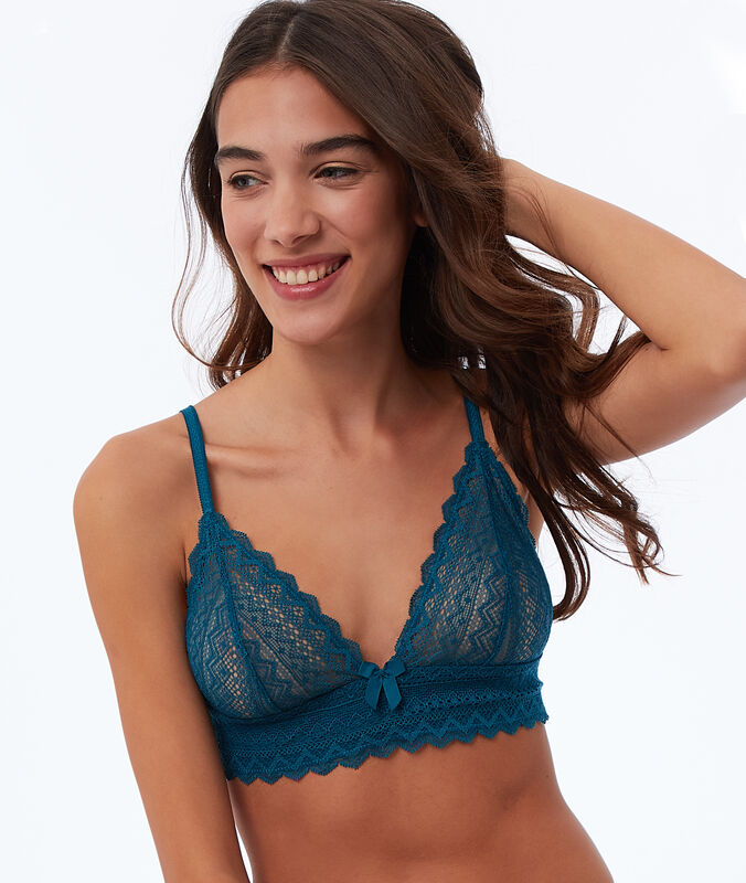 Lace triangle bra duck.
