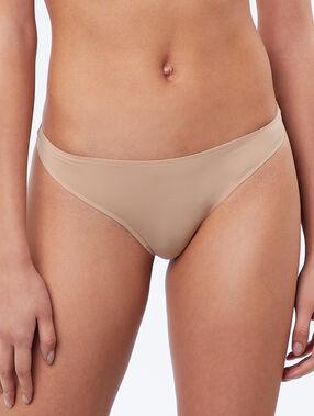 Micro thong beige.