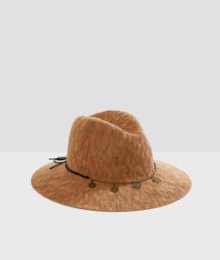 Beachwear hat brown.