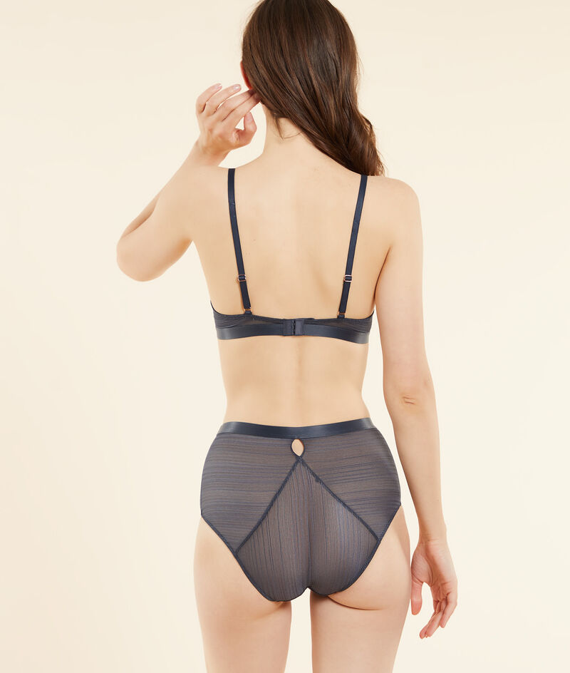 High-waisted textured lace briefs;${refinementColor}