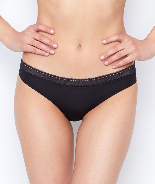 Micro and lace knickers;${refinementColor}