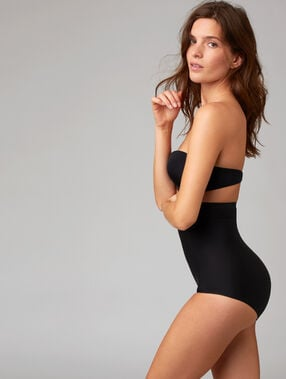 High-waist briefs black.