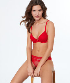 Lace push-up bra red.