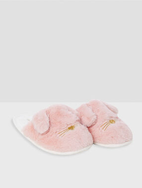 Rabbit slippers pink.