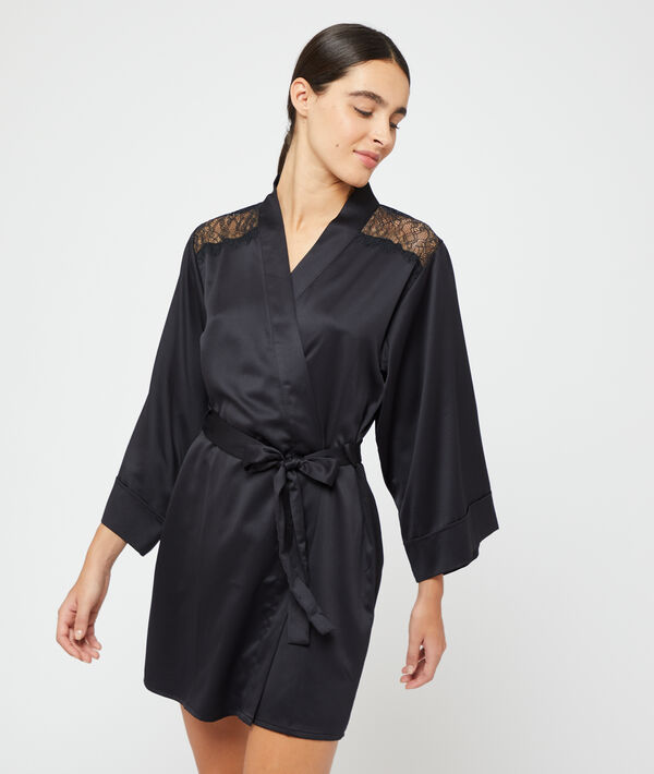 Satin kimono;${refinementColor}