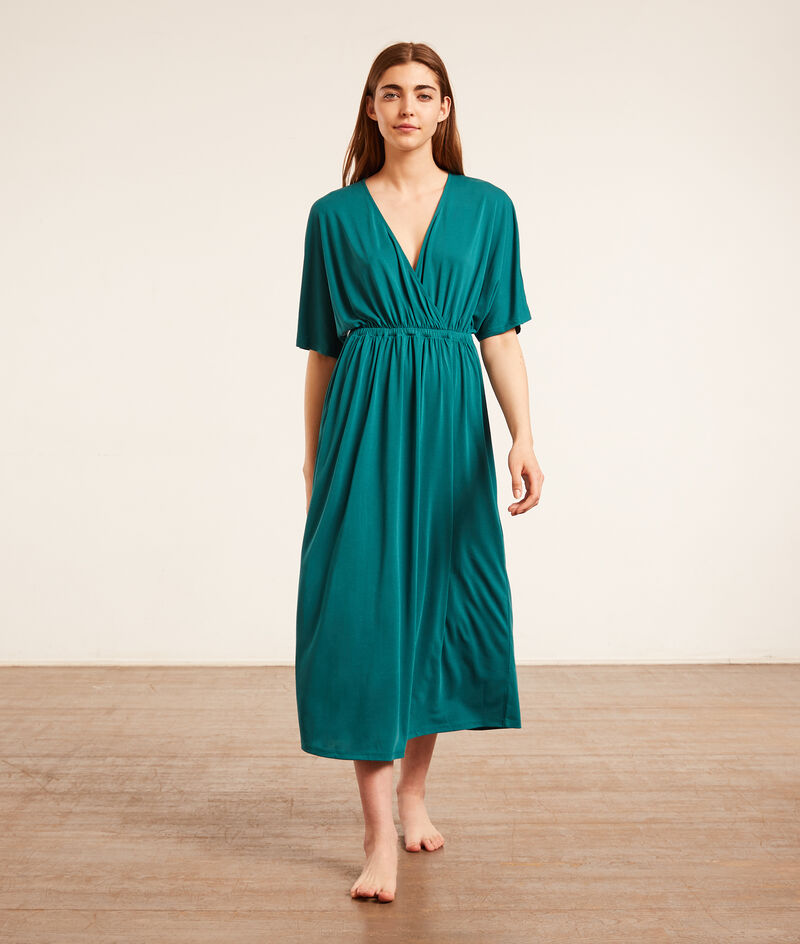 Long nightgown;${refinementColor}