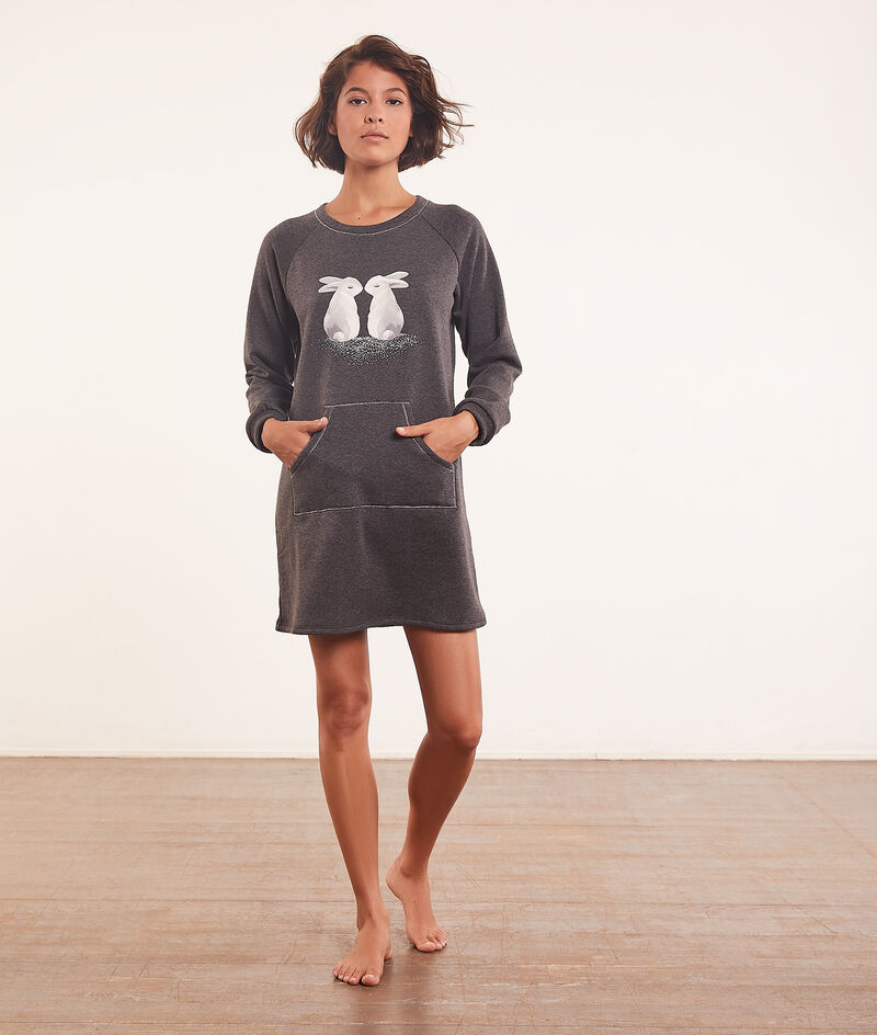 Print nightshirt with front pocket ;${refinementColor}