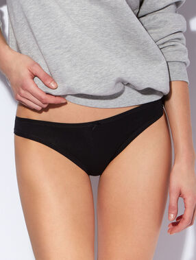 Pack of 3 knickers black.