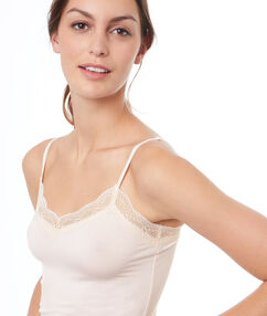 Viscose top with lace rose poudre.