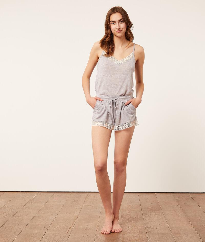 Shorts with lace trim;${refinementColor}