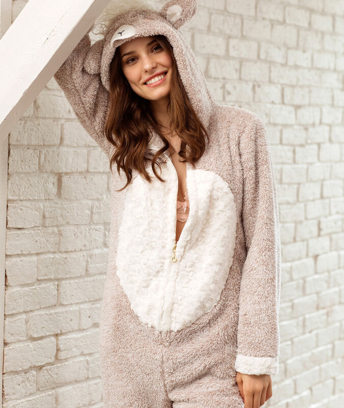 Sheep onesie beige.
