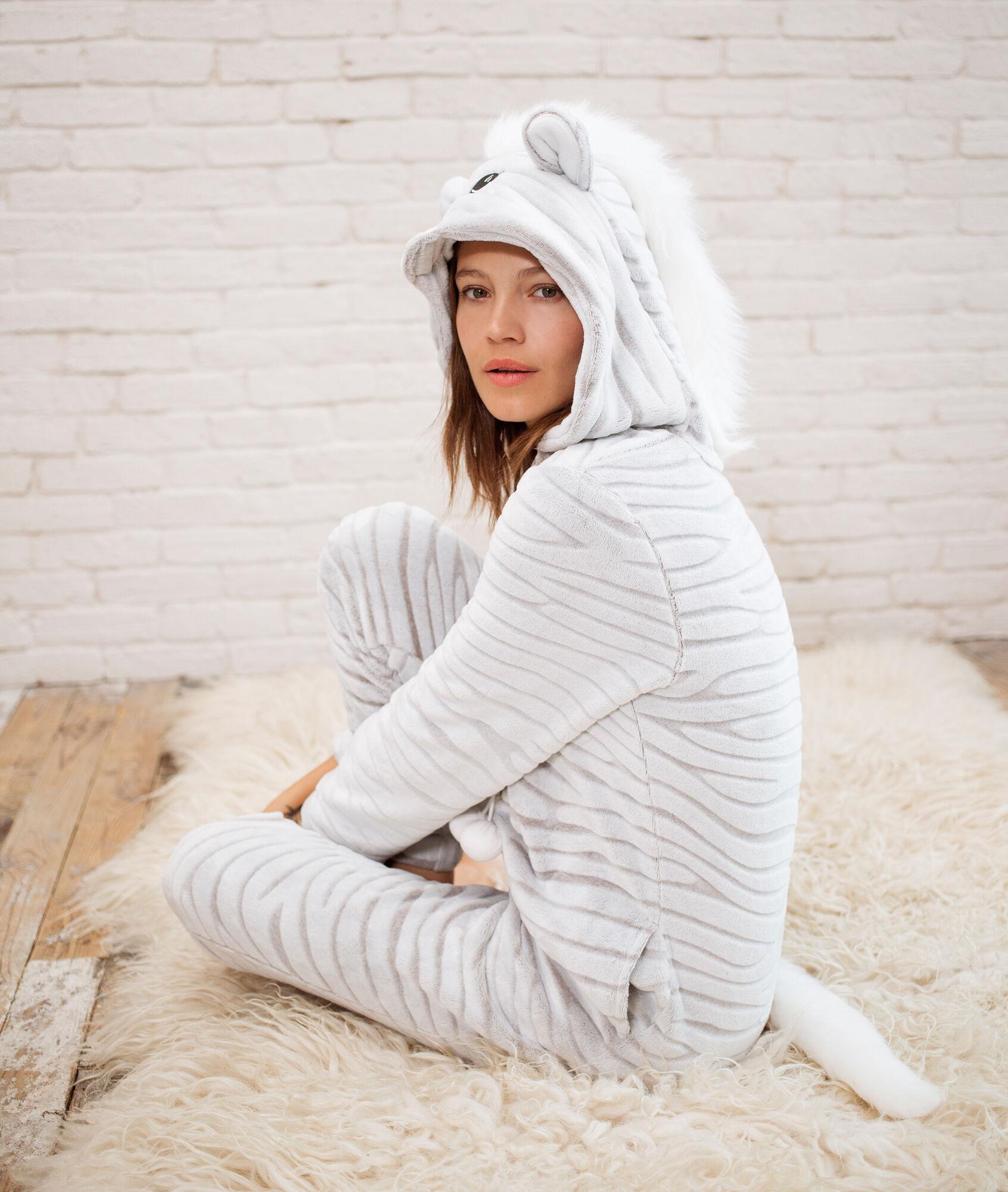 1947d26e1e63f Douillette : Pyjama combinaison femme toucher polaire ETAM par mode-femme.  Combinaison cerf. Combinaison Koala. zebra overall