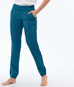 Pantalon de pyjama bleu petrole.