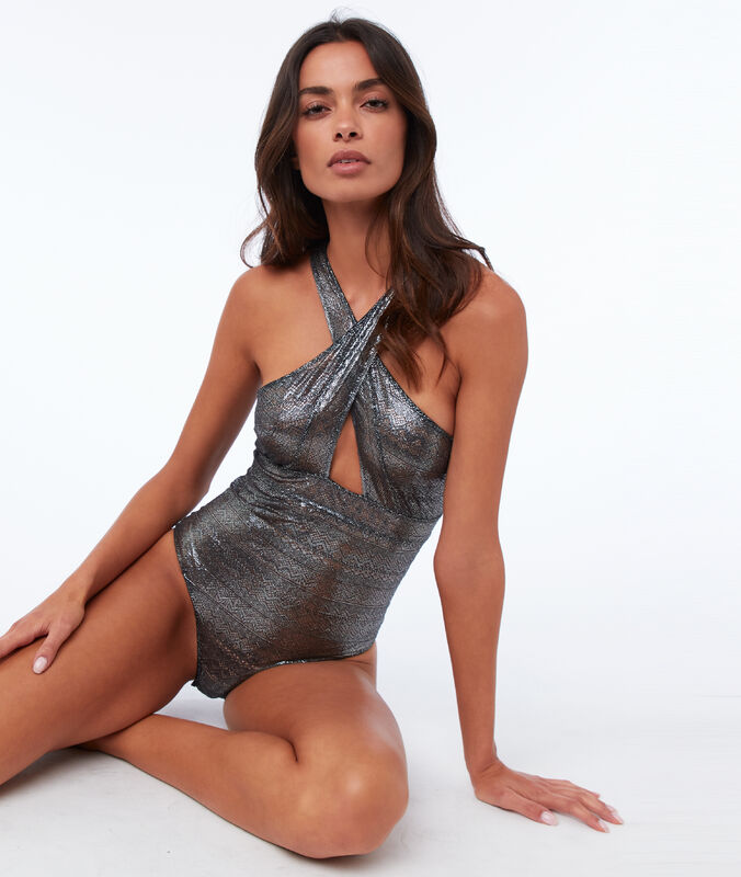 Silvery bodysuit with guipures silver.