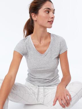 Ribbed satin neck t-shirt gray.