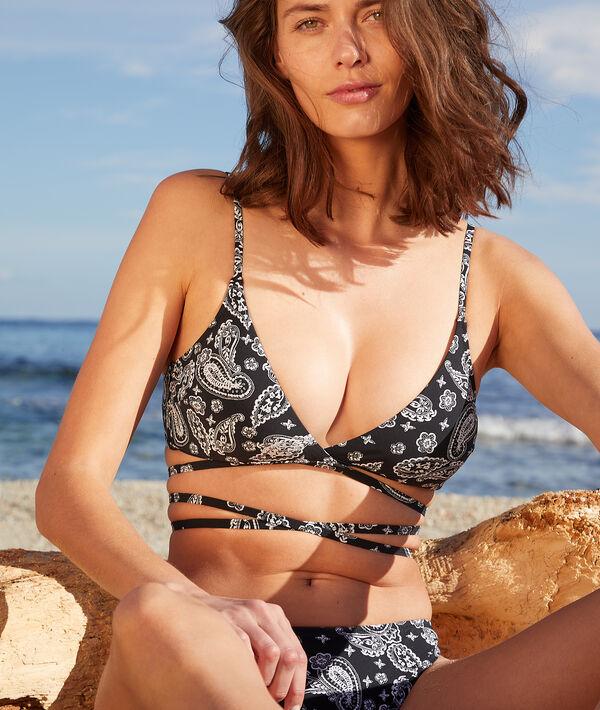 Wireless multiple string triangle print bikini top;${refinementColor}