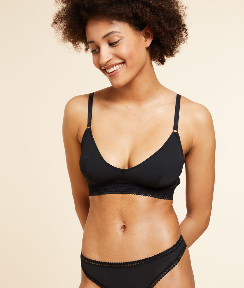 Non-wired bralette with lace edges, d-cup;${refinementColor}