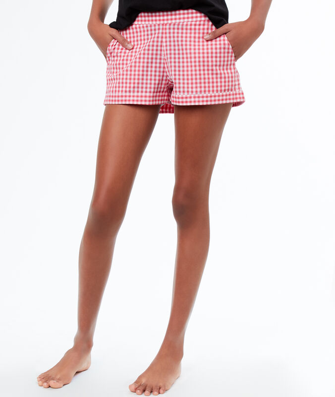 Pantaloncini con stampa a quadri vichy rosa.