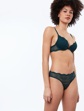 Cheeky in lace fir.
