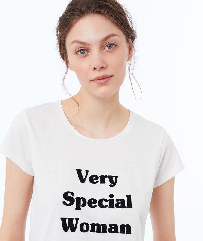 T-shirt con scritta bianco.