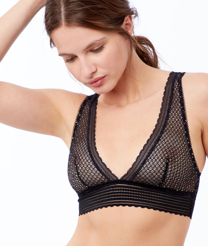Fishnet bra and metallic fibers black.