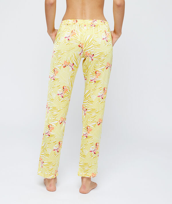Satiny trousers in a floral print;${refinementColor}