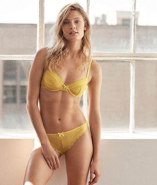 Bra No. 1 - Lace push-up bra
