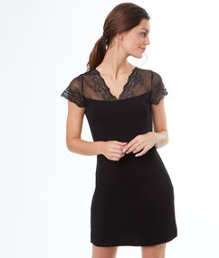 Lace-shouldered nightdress black.